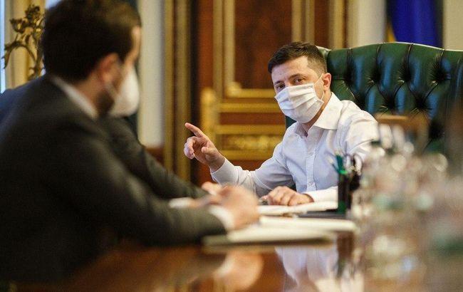 Зеленский похвалил украинцев и власти за правильную борьбу с  COVID-19