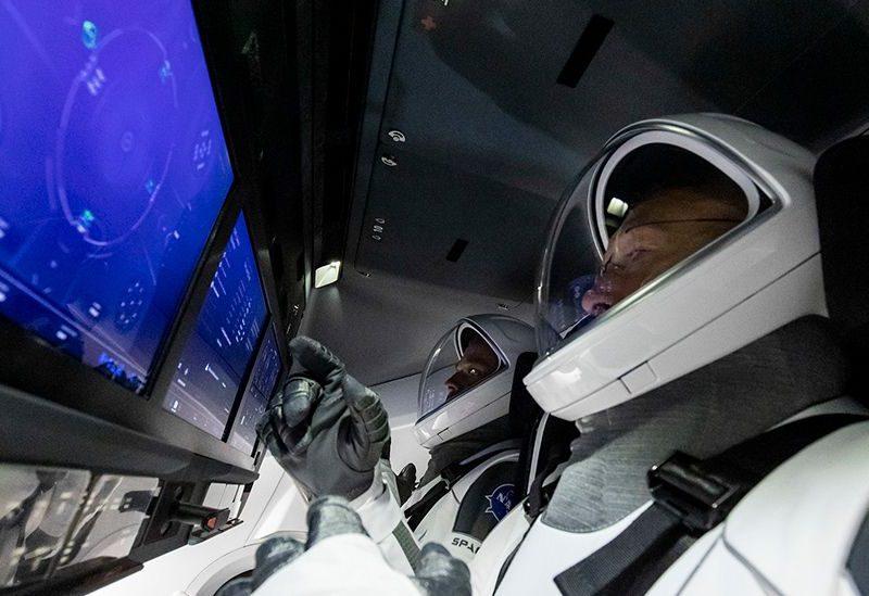 Астронавты отрепетировали первый в истории запуск пилотируемого корабля Илона Маска (ФОТО)