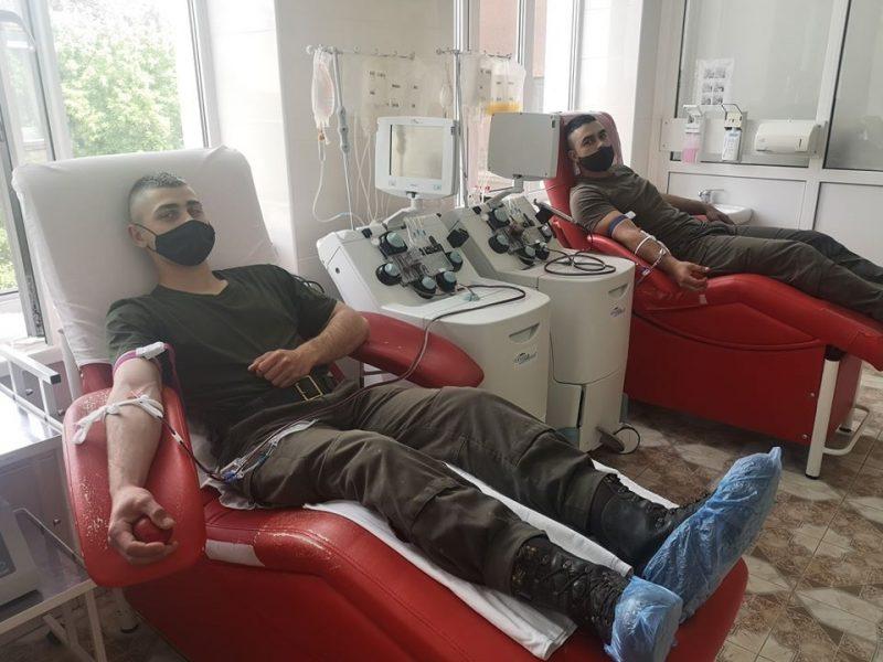 Николаевские нацвардейцы помогают онкобольным детям бороться за жизнь (ФОТО)