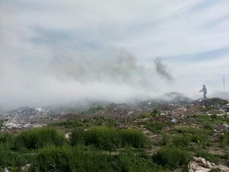 В Баштанке снова горит городская свалка (ФОТО)