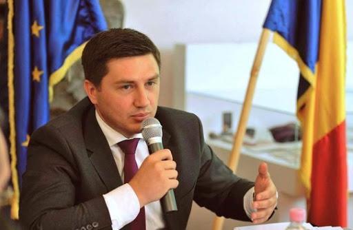 У премьера Молдовы хотят забрать паспорт Румынии за критику Бухареста
