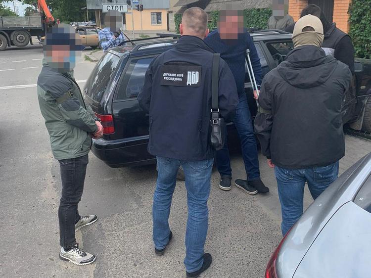В Николаеве ГБР задержало главного инспектора Госрыбагентства на  получении взятки (ФОТО)