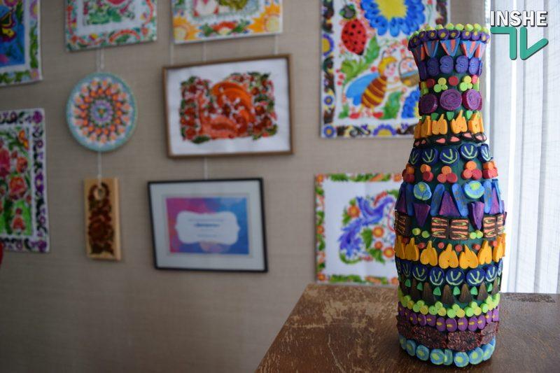 «Майстри барвистої палітри»: в Николаеве после карантинного перерыва открылась художественная выставка (ФОТО, ВИДЕО)