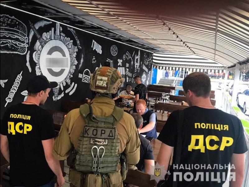 В Николаеве задержали «смотрящего по району» уголовника на вымогательстве 200 000 несуществующего долга (ФОТО)