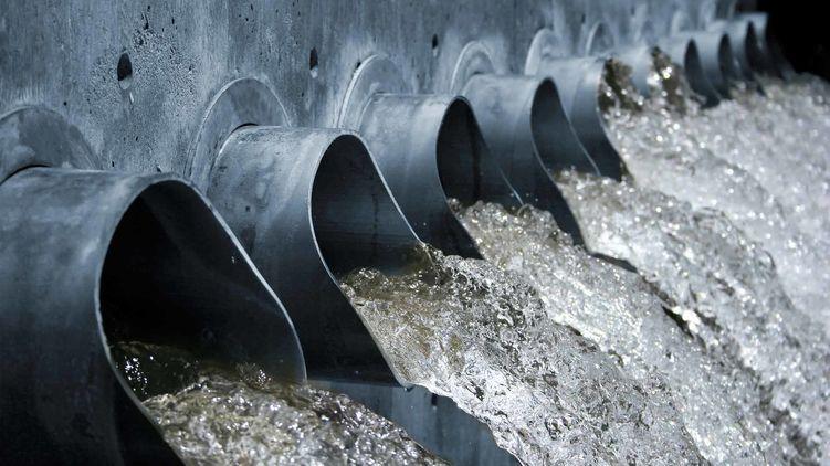 """В Лондоне канализацию перекрыл """"жировой айсберг"""" весом в 300 тонн"""