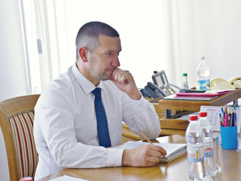 Зарплаты губернаторов в июне: самая большая у николаевского (ИНФОГРАФИКА)