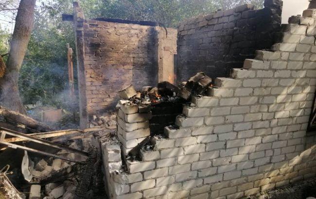 Боевики обстреляли Авдеевку: разрушены два дома