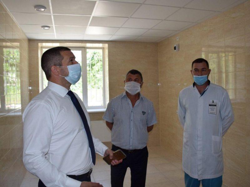 Олександр Стаднік перевірив стан виконання ремонтних робіт у радіологічному корпусі Миколаївського обласного онкологічного центру (ФОТО)