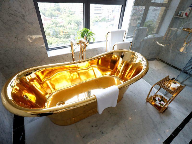 Янукович бы оценил. Вьетнамский отель потратил тонну золота, чтобы привлечь посетителей после карантина (ФОТО)