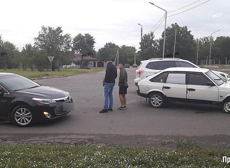 """В автомобиль начальника полиции Николаевской области врезался """"Москвич"""""""