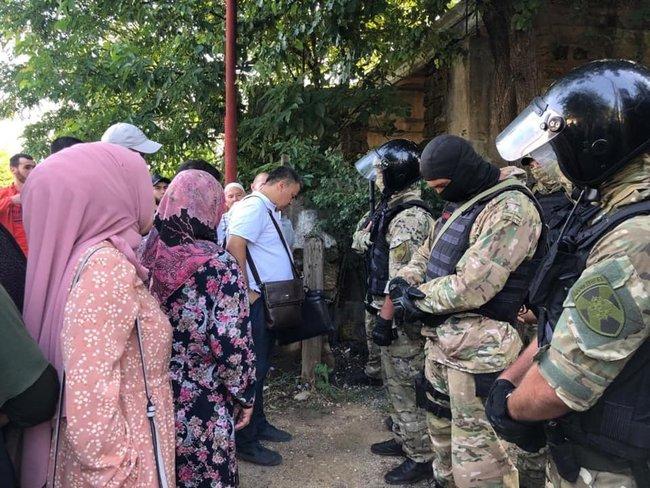 Оккупанты задержали в Крыму еще 6 крымских татар и пытаются выдать их за террористов (ФОТО)