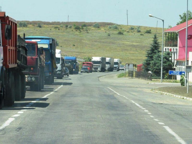 Почему Николаев обречен на осаду фур, и кто будет кошмарить бизнес ради сохранения дорог