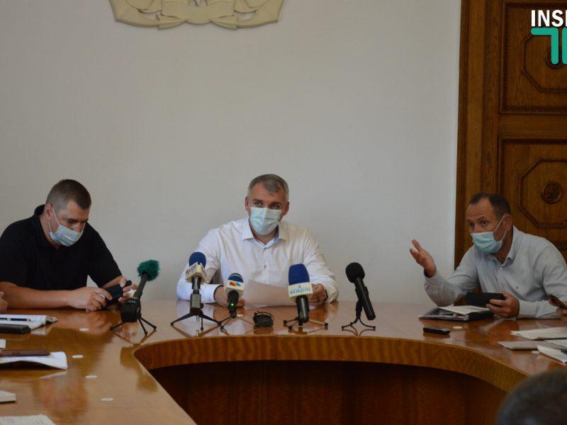 В мэрии Николаева решали, как урегулировать проблему с большегрузами. Местные жители ситуацию назвали «позором» (ФОТО, ВИДЕО)