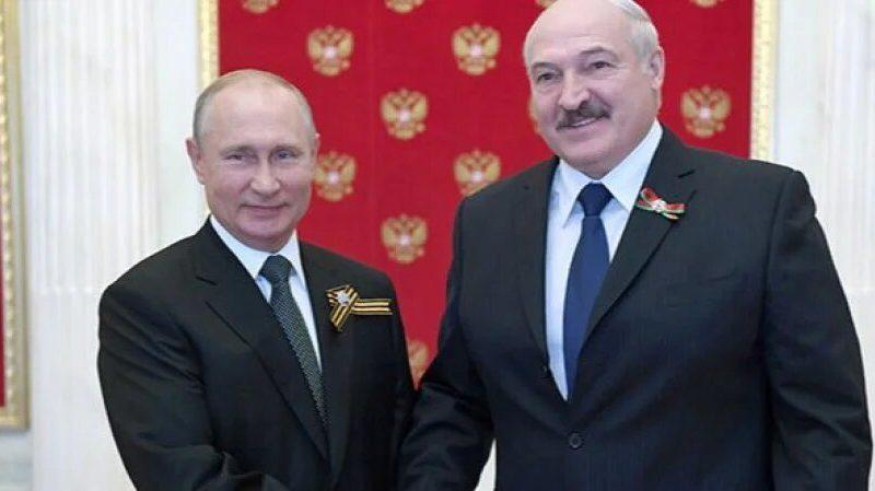 Лукашенко заявил о готовности Запада свергнуть его с помощью России