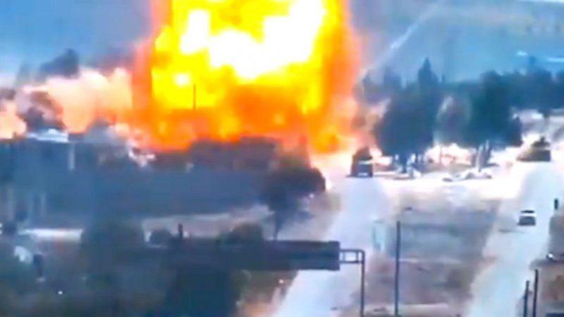 В Сирии подорвали колонну с российскими военными (ВИДЕО)