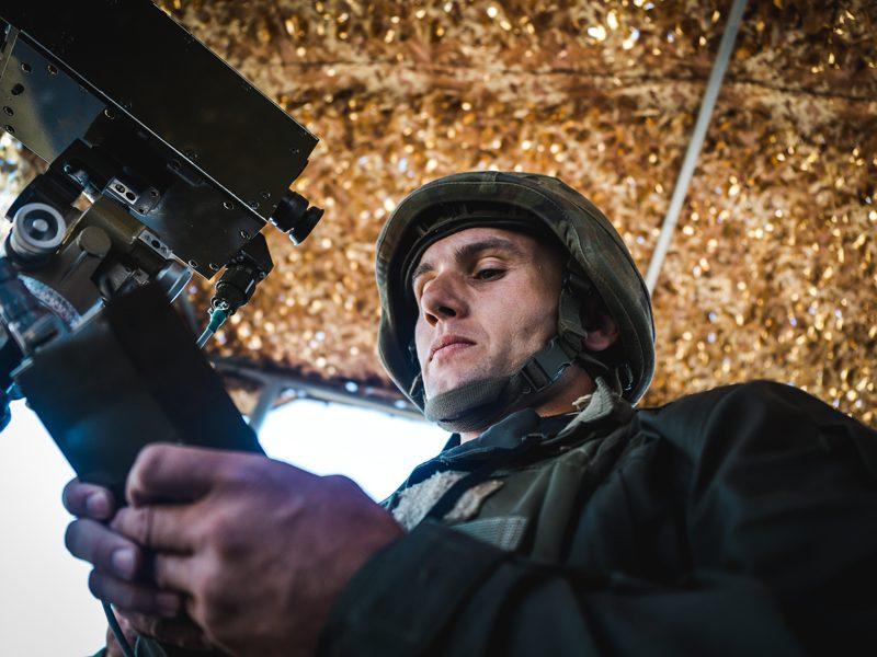 На Николаевщине перешли в активную фазу масштабные учения. За ними наблюдают военные советники из США и Канады (ФОТО)