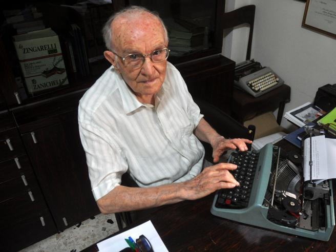Учиться никогда не поздно: итальянец окончил университет в 96 лет