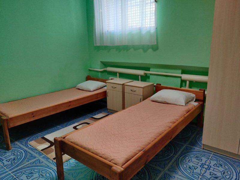 """В СИЗО Николаева двое заключенных """"поселились"""" в платной VIP-камере"""