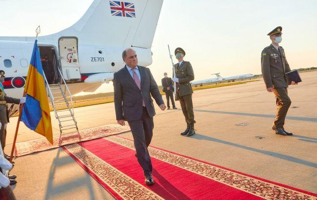 В Киев прибыл министр обороны Британии для усиления сотрудничества с Украиной