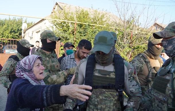 У Зеленского отреагировали на обыски в Крыму