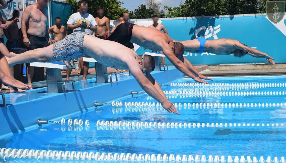 На Николаевщине прошли соревнования по плаванию в память о погибшем на Донбассе командире очаковских «морских котиков» Алексее Зинченко (ФОТО) 5