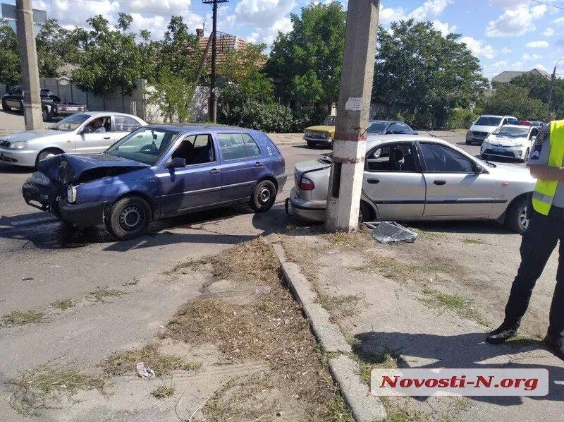 На выезде из Николаева в аварии пострадали 7 человек, из них – трое детей (ФОТО)