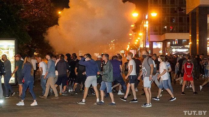 Беларусь после выборов: протесты, стычки, задержания (ФОТО, ВИДЕО)