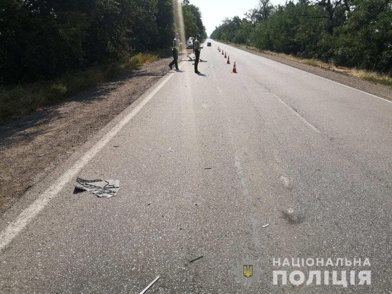 Под Николаевом в аварию попали жители Винницкой области, ехавшие отдыхать (ФОТО)