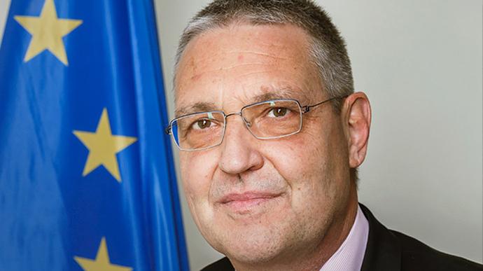 """В ЕС обеспокоены попытками России пересмотреть свою роль в """"нормандском формате"""" и ТКГ"""
