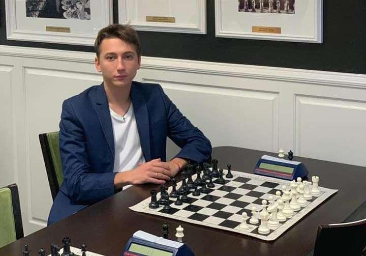 Николаевский шахматист выиграл самый популярный онлайн-турнир Title Tuesday