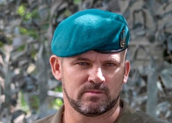 Командиру николаевской бригады морской пехоты вручен орден в День Независимости