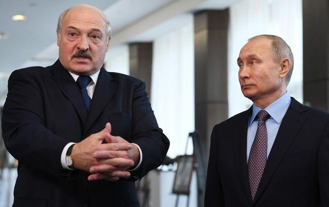 """Путин заявил о """"беспрецедентном"""" внешнем давлении на Беларусь"""