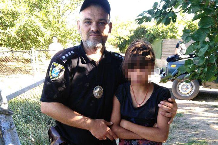 На Николаевщине 12-летнюю девочку, ушедшую из дома, полиция искала всю ночь (ФОТО)