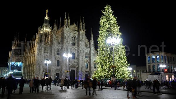 Несмотря на коронавирус, в итальянском Милане уже думают о Рождестве