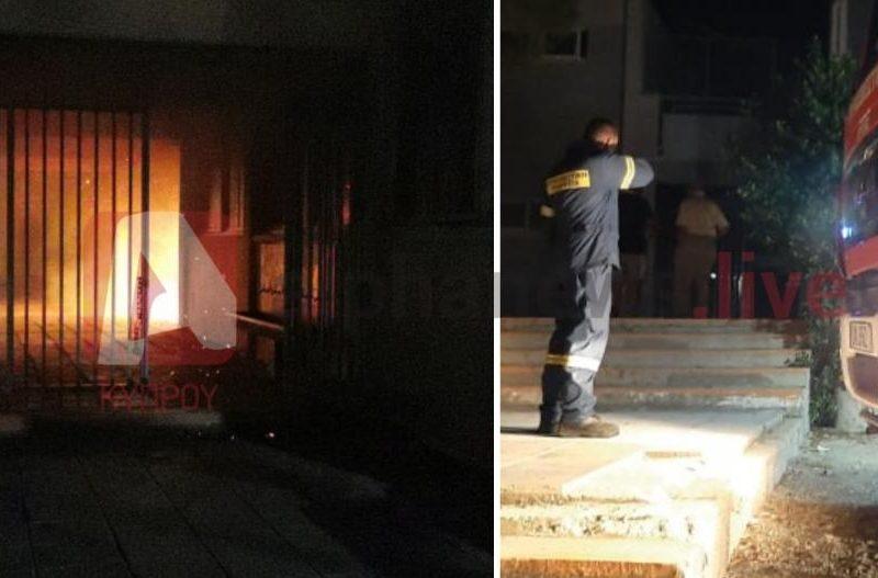На Кипре выпускники сожгли школу