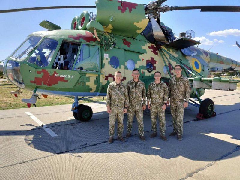 В морской авиационной бригаде на Николаевщине проходят практику курсанты Харьковского Национального университета Воздушных Сил ВСУ (ФОТО)