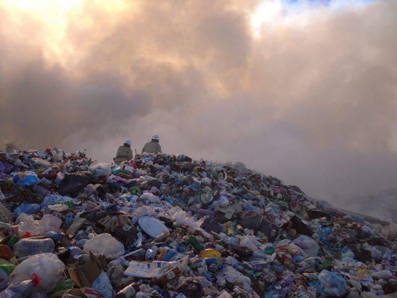 В Южноукраинске пожар на городском полигоне твердых бытовых отходов (ФОТО)