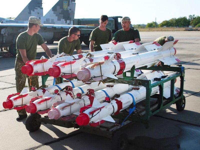 На Николаевщине военные летчики провели учения в условиях, максимально приближенных к боевым (ФОТО)