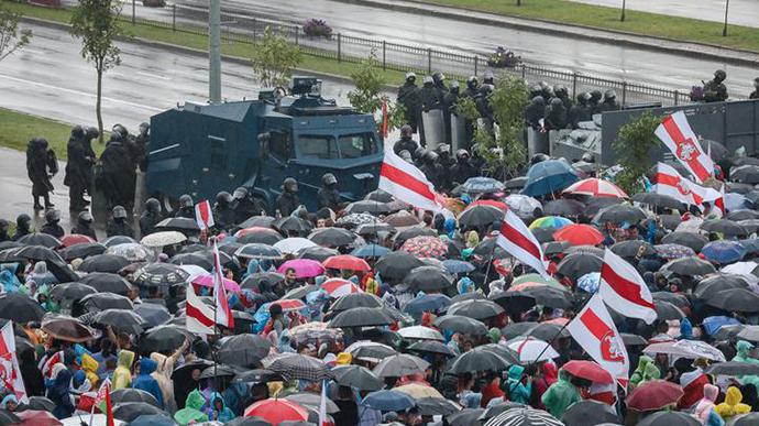 Марш единства в Минске: более 100 тысяч участников, десятки задержанных (ФОТО, ВИДЕО)