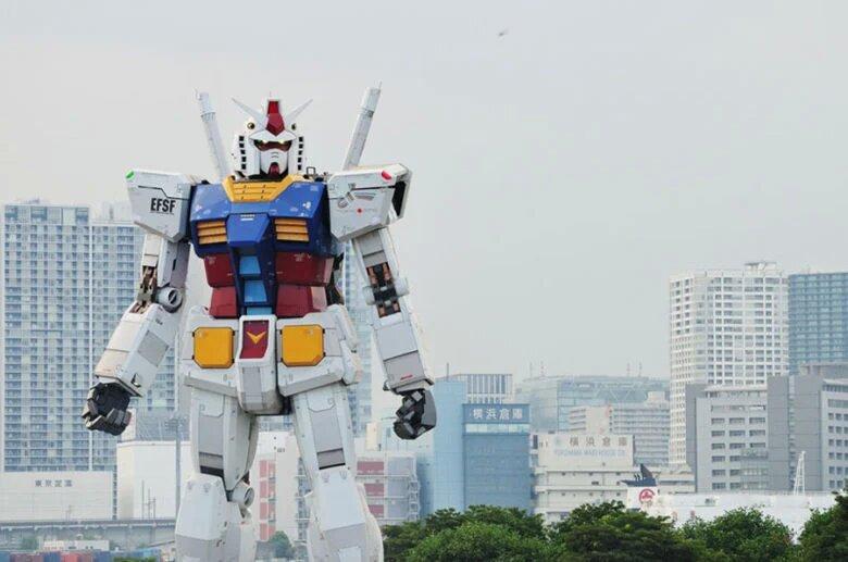 В Японии тестируют 18-метрового робота Gundam (ВИДЕО)