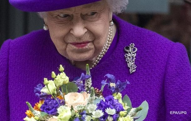 Не по-королевски: стало известно, чего никогда не есть королева Елизавета II