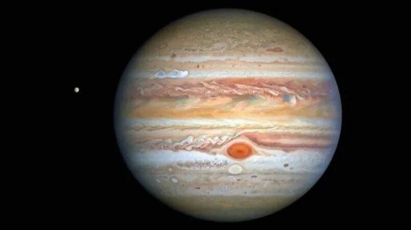 Шторм усиливается. Астрономы показали новое фото Юпитера