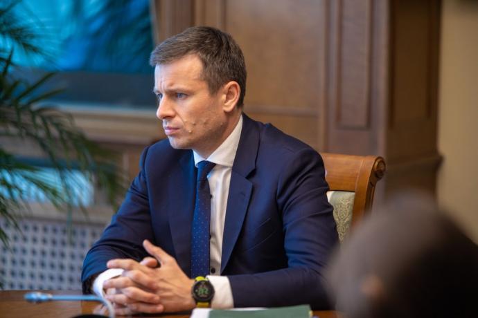 МОЗ не сумел освоить деньги на ИВЛ и индивидуальные средства защиты, – Марченко раскритиковал Степанова за отказ поддержать проект бюджета