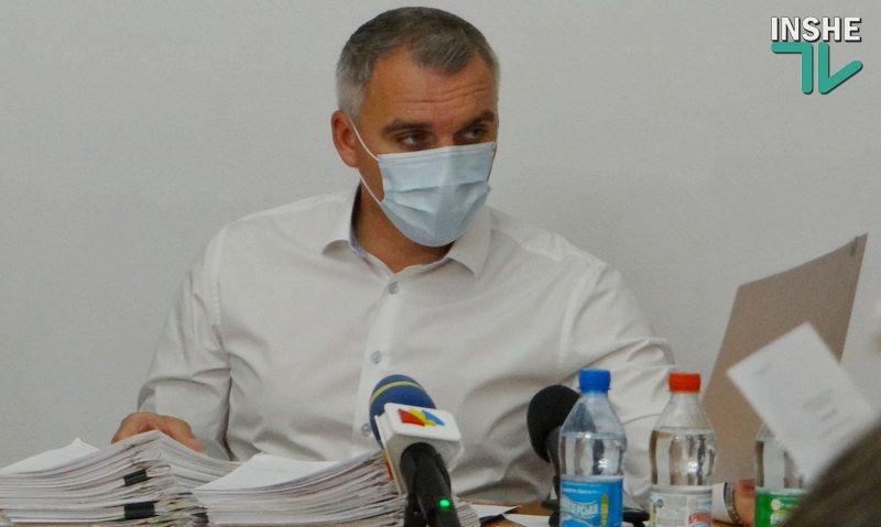 Сенкевич выступил против «карантина выходного дня» и предложил «золотую середину»