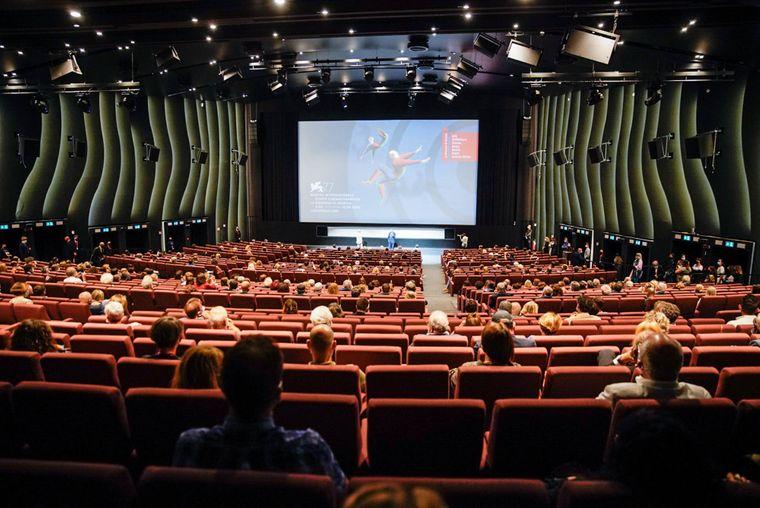 Названы лауреаты Венецианского кинофестиваля. Украинский фильм о Донбассе получил награду (ВИДЕО)