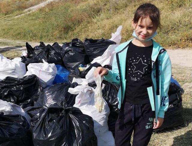 Учні школи №64 з Миколаєва зайняли друге місце в конкурсі до Всесвітнього дня прибирання – вони зібрали 620 кг сміття (ФОТО)