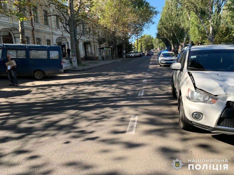 В больнице умерла женщина, которую утром в центре Николаева сбил Mitsubishi
