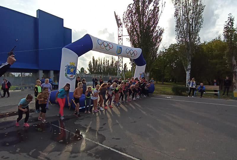 «Золотая осень»: на Николаевщине проходит трехдневный легкоатлетический фестиваль (ФОТО)