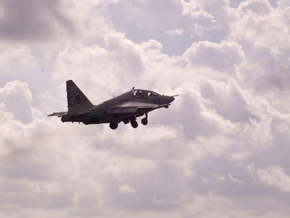 Николаевские летчики отработали очередную летную смену (ФОТО) 3