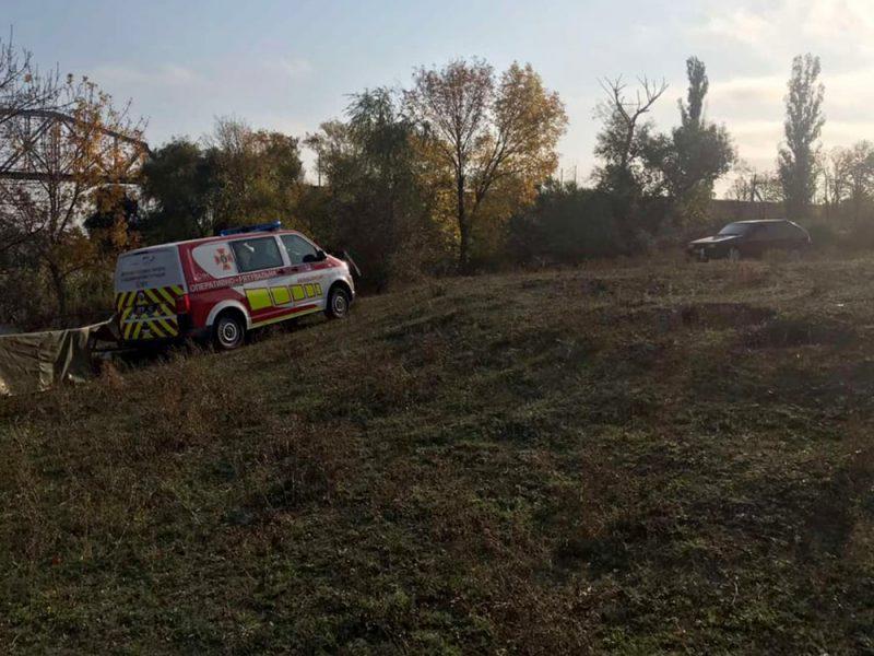 На Николаевщине спасатели достали из Южного Буга тело мужчины